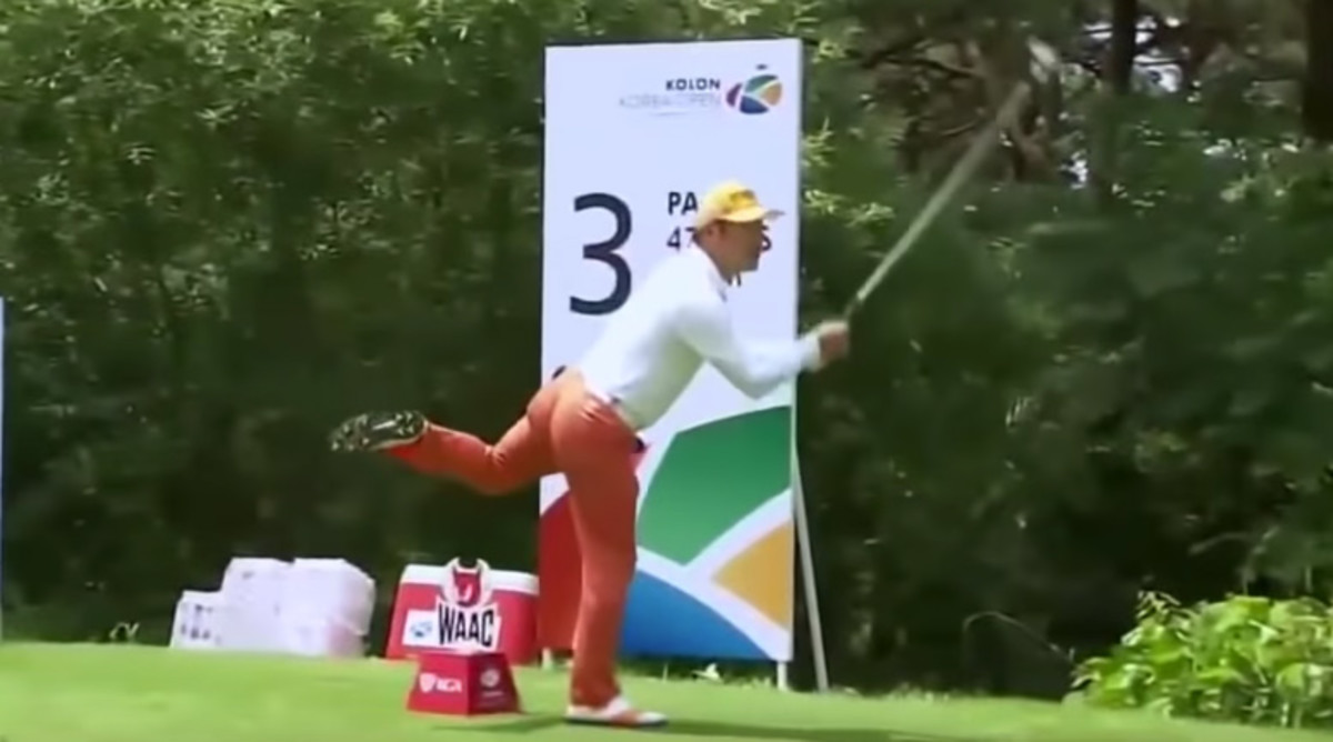 Ho-sung Choi Has The Craziest Golf Swing Ever