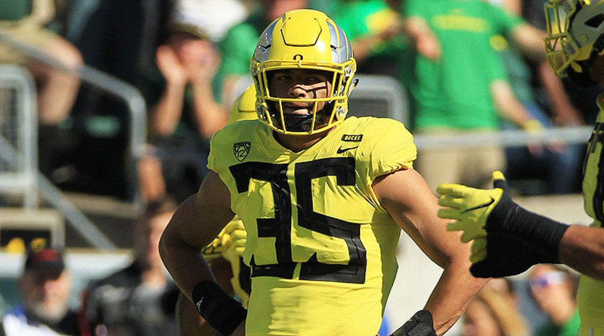 Oregon Football: For Justin Herbert and Troy Dye, 2019 is About Finishing What They Started