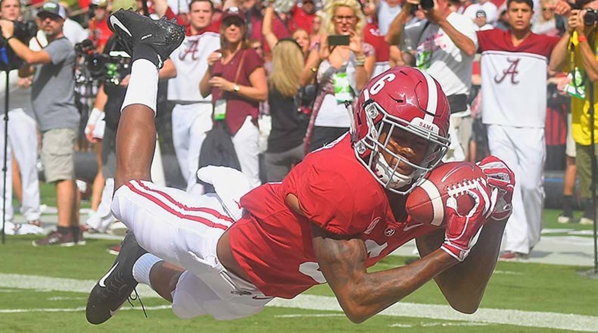 Alabama Football: DeVonta Smith Deserves A Historic Heisman