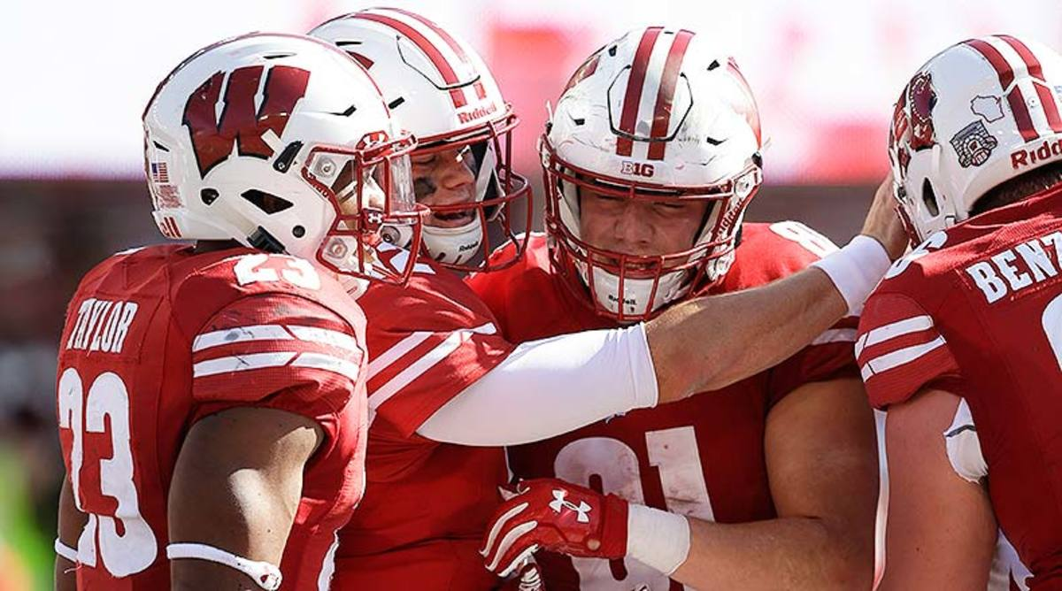 Central Michigan vs. Wisconsin Football Prediction and Preview
