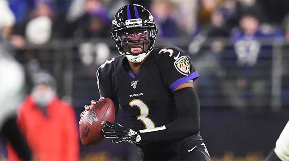 NFL DFS: Best DraftKings and FanDuel Predictions and Picks for Week 17