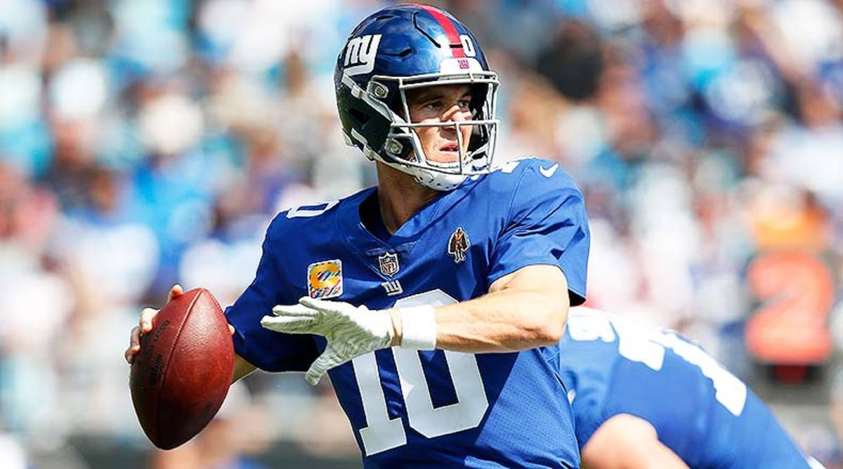 5 Greatest Moments of Eli Manning's Football Life